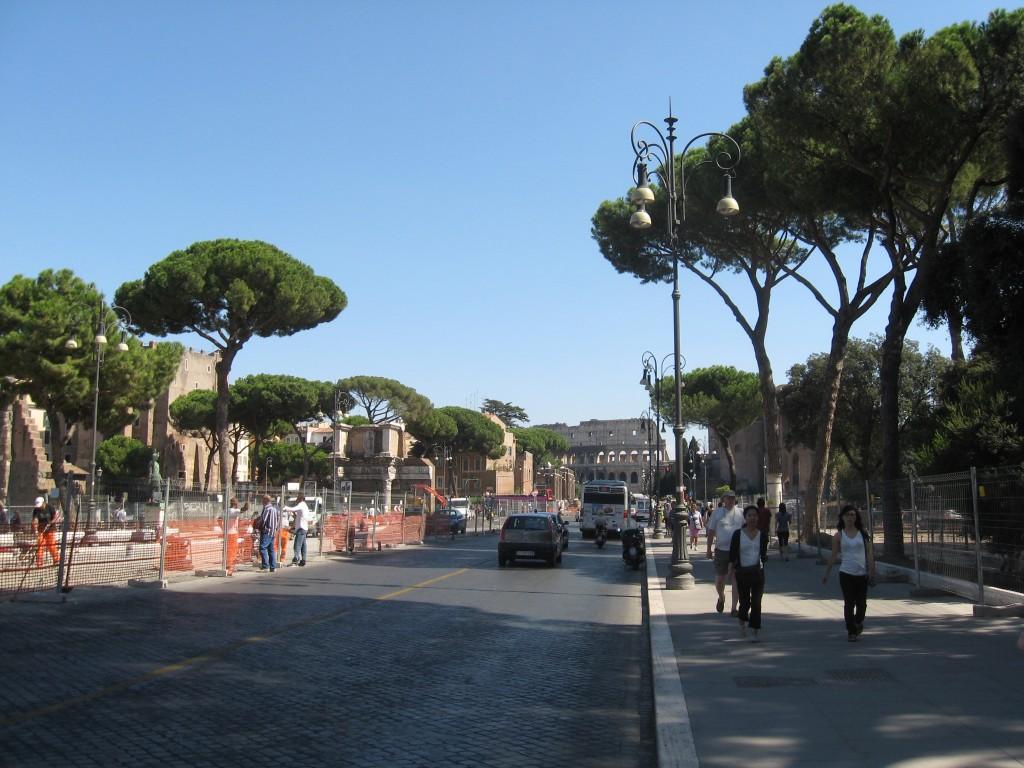 Fori Imperiali - Colosseum in Rome