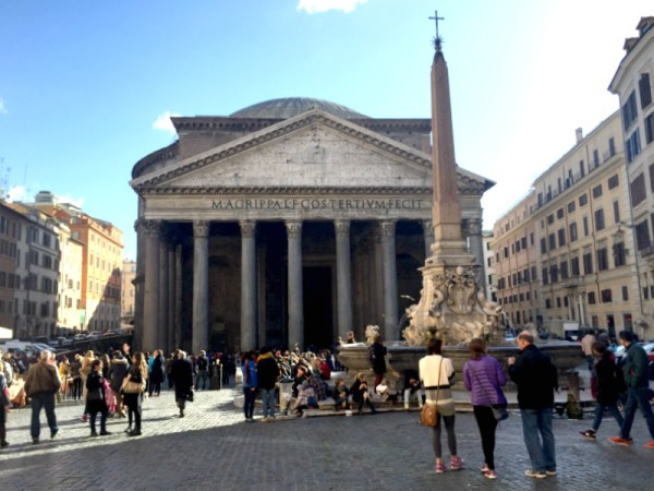Attractions in Rome: Pantheon – Grandeur of ancient Rome