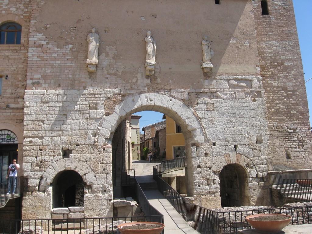 Umbria Towns - Spello Main Entrance