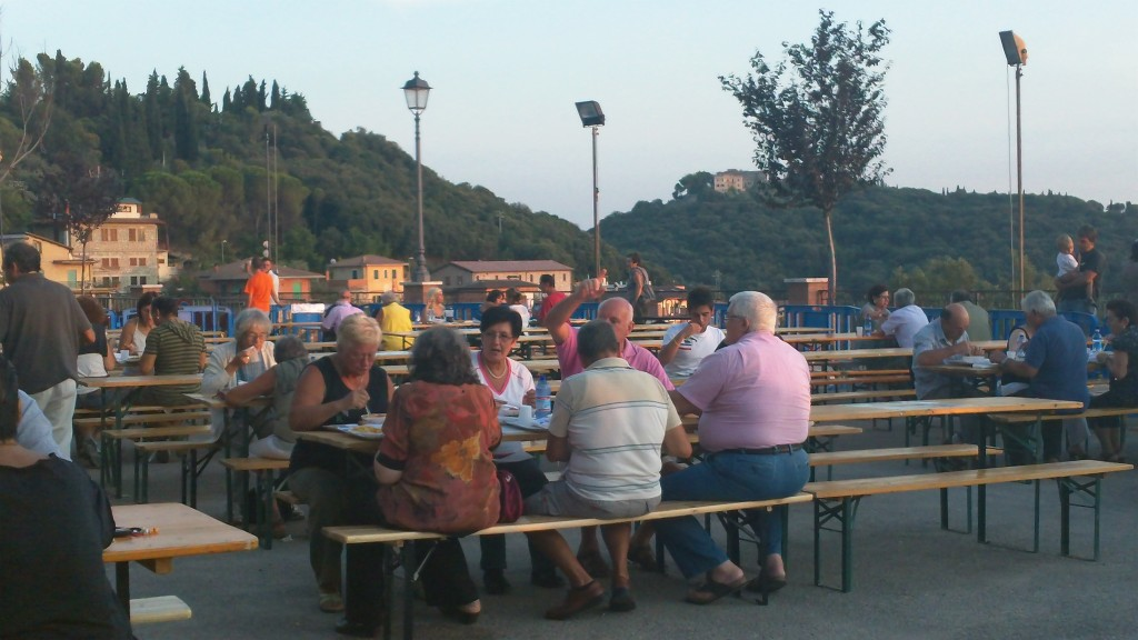 Dining outdoors in Casperia - Sagra dei Stringozzi