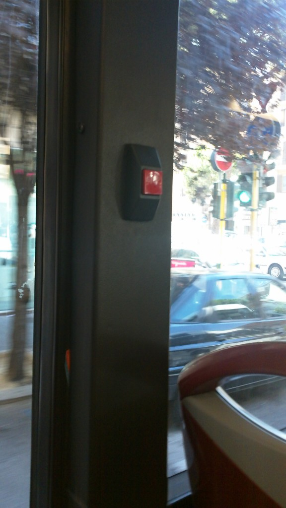Public Transport in Rome - Press the button