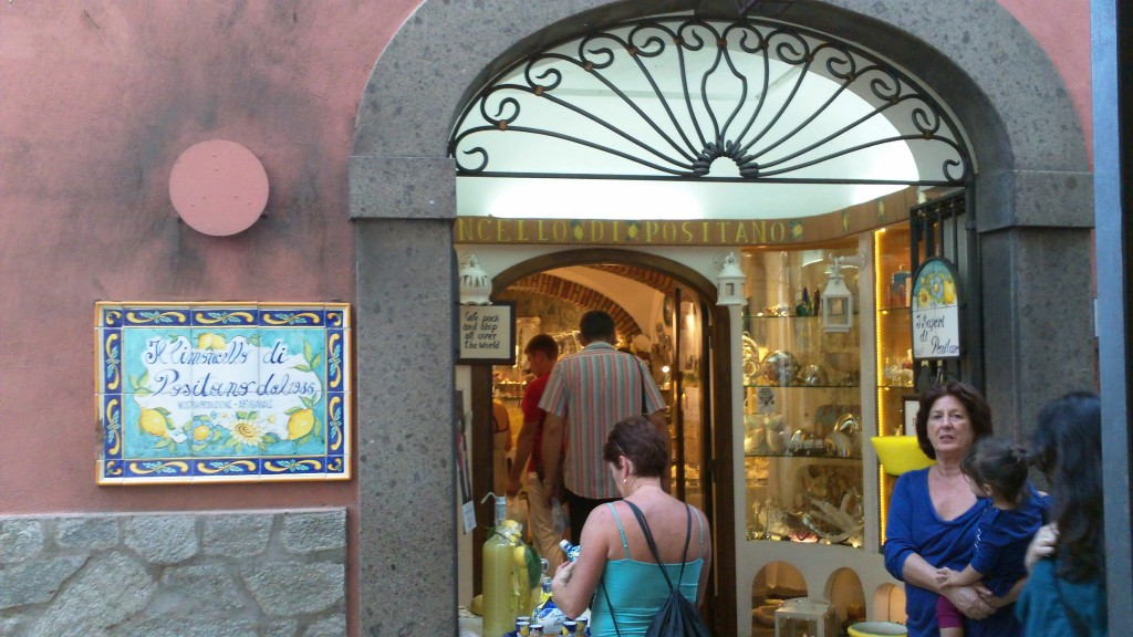 Shopping in Positano: Limoncello