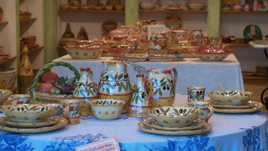 Shopping in Positano: Ceramics