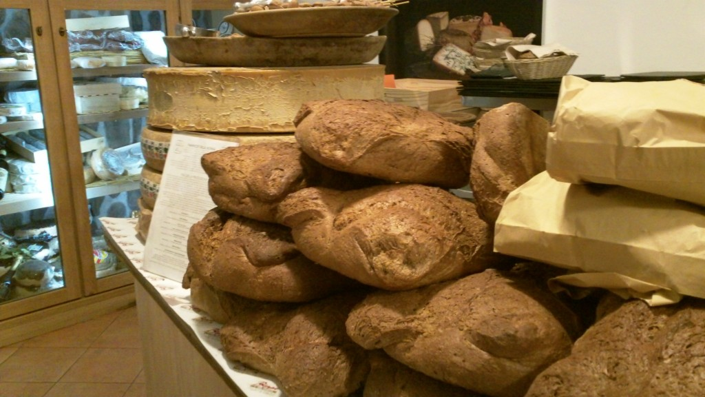 Alternative to a restaurant in Rome: Beppe's bread