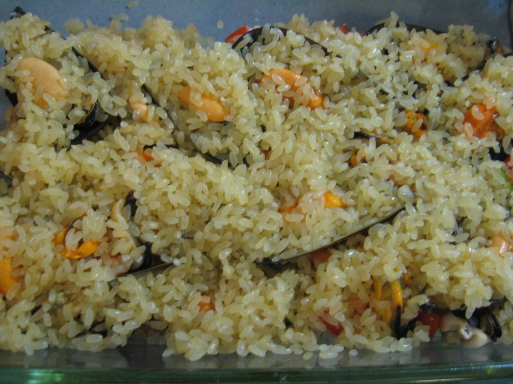 Seafood recipe: Potato, rice and mussels - Step 6