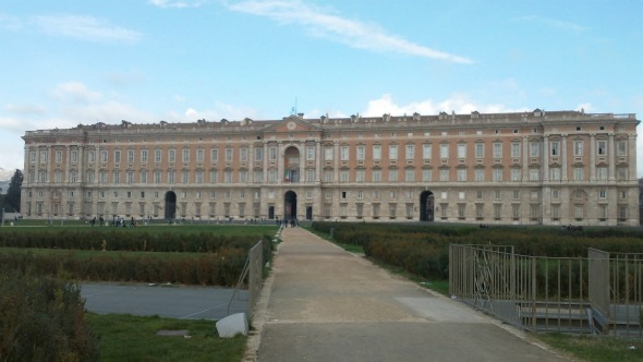 A Day Trip From Rome: Palace of Caserta
