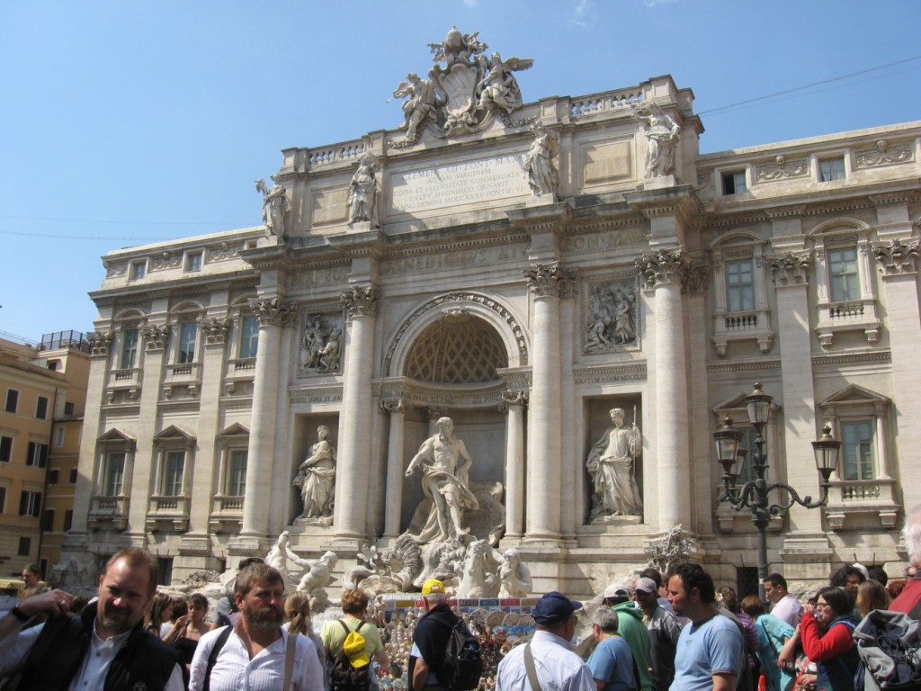 Things To Do in Rome On Christmas Day: Fontana di Trevi