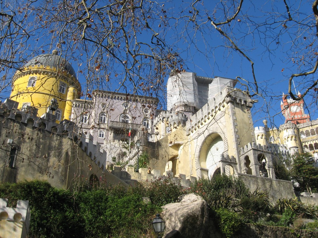 Things to do in Lisbon: Day Trip - Palacio Nacional da Pena