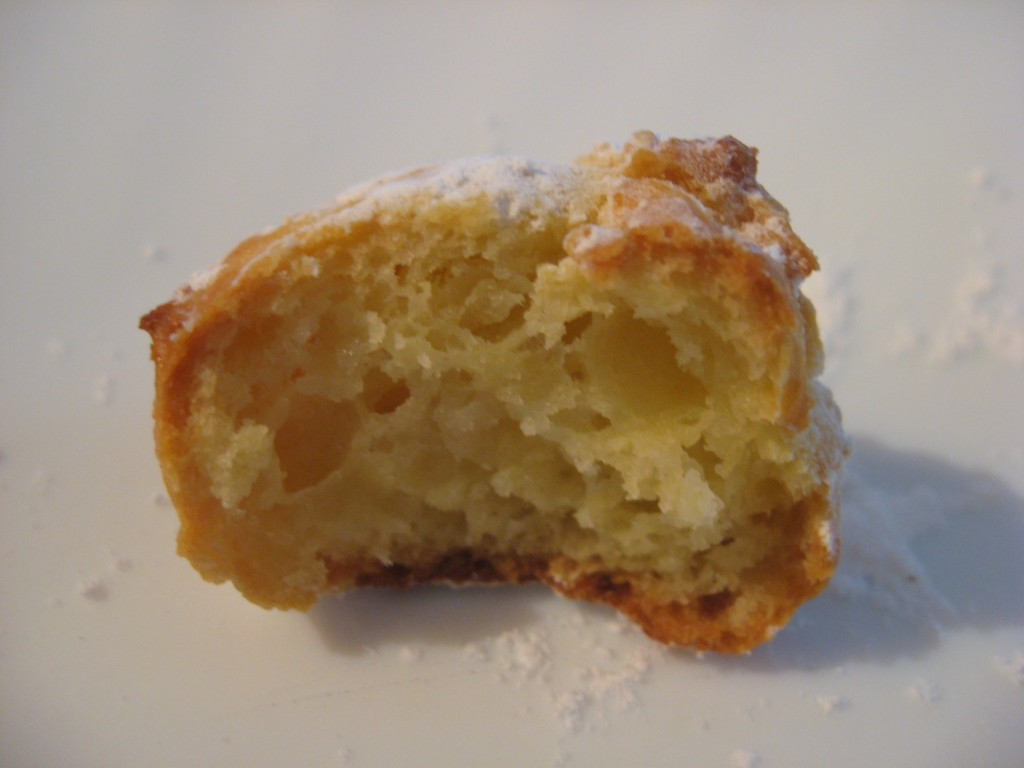 Carnevale: Castagnole al  forno - Soft and fluffy inside