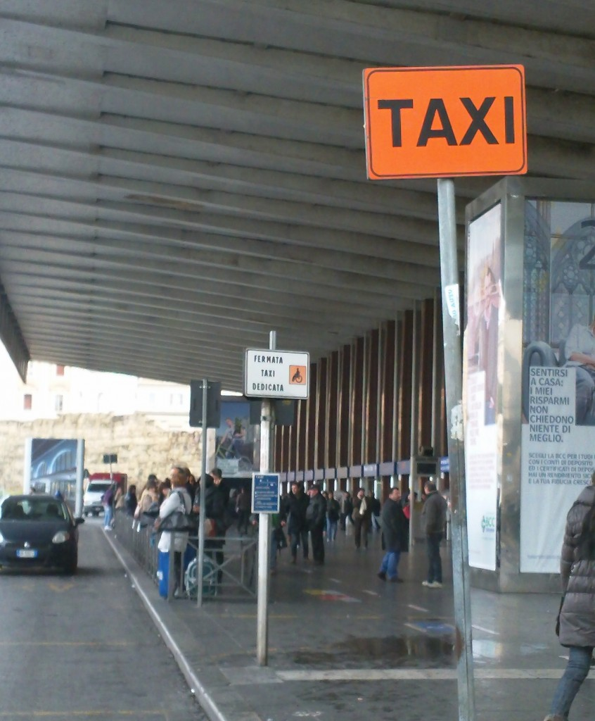 Taxis in Rome: Official Taxi Stand
