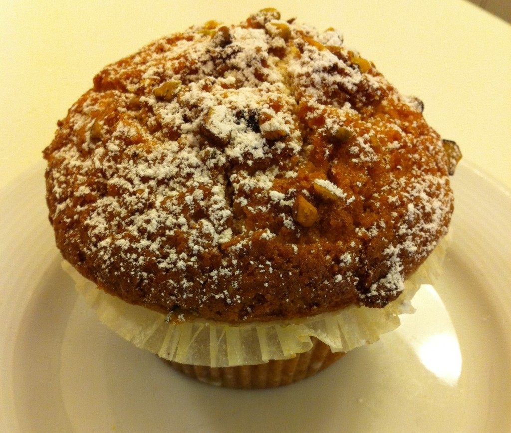 Sweety Roma - Vegan Carrot and Pistachio Muffin