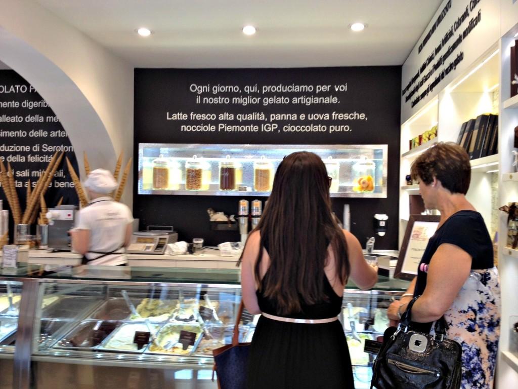 Gelato Shop Rome - Venchi - Inside