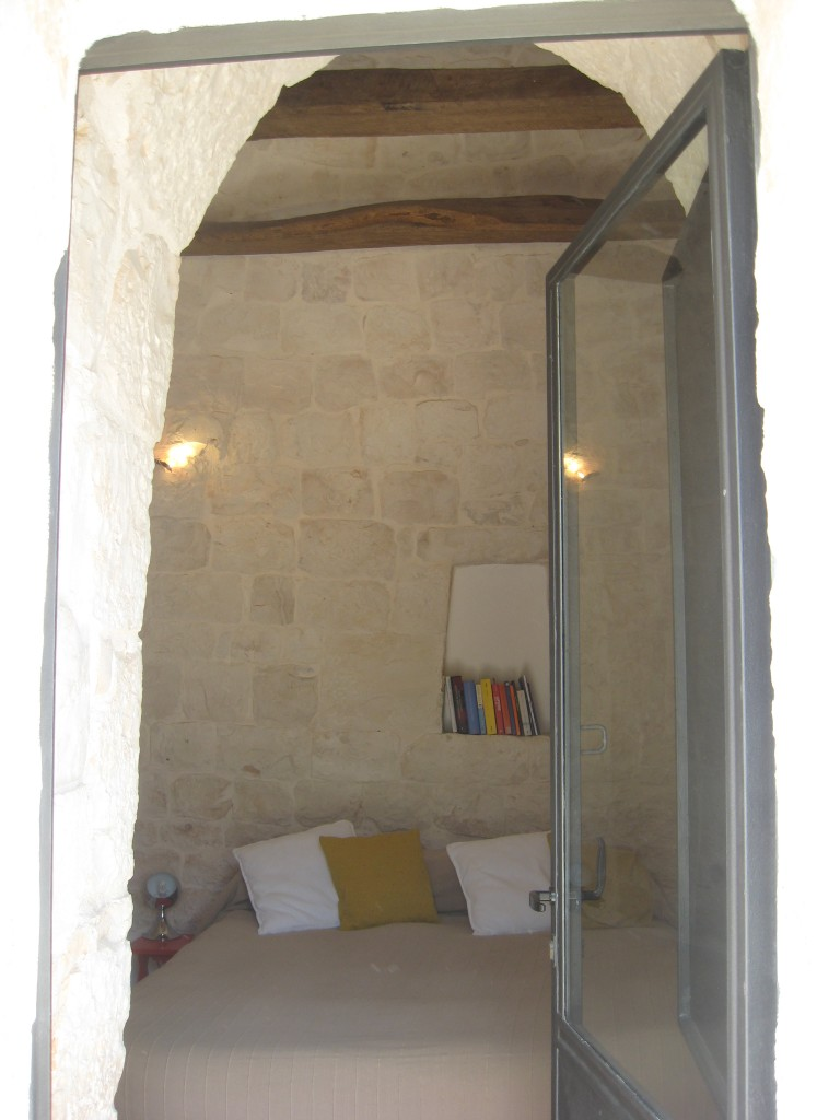 Staying in a trullo in Puglia - Lovely done up!