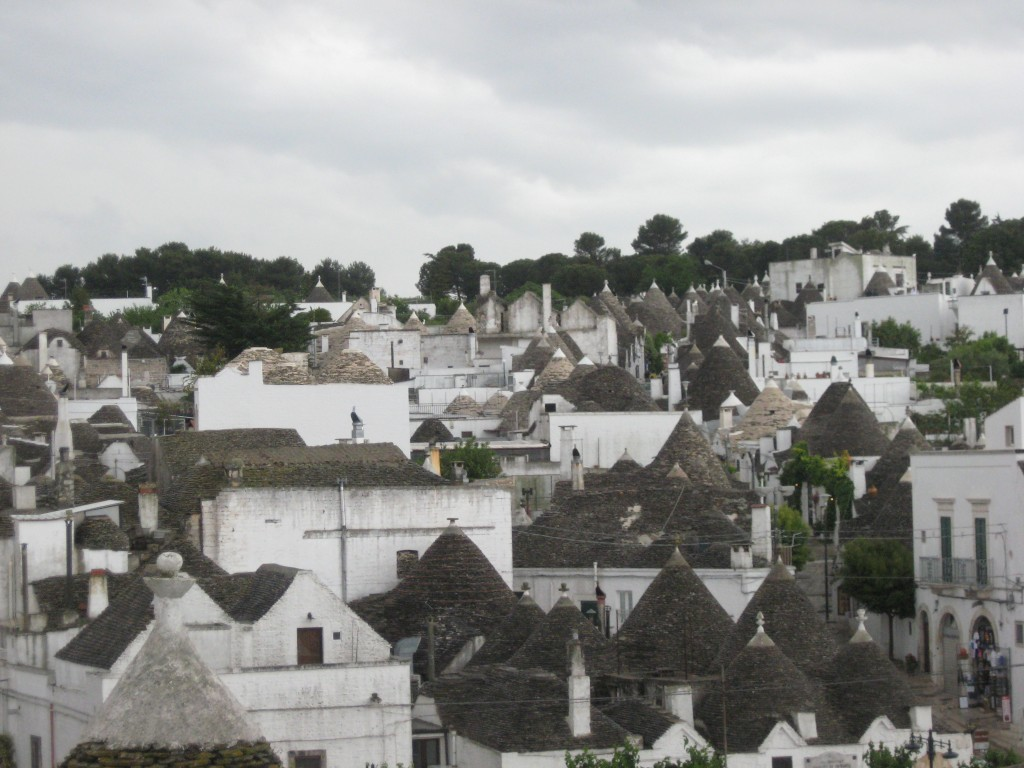Staying in a trullo in Puglia - Town of Alberobello