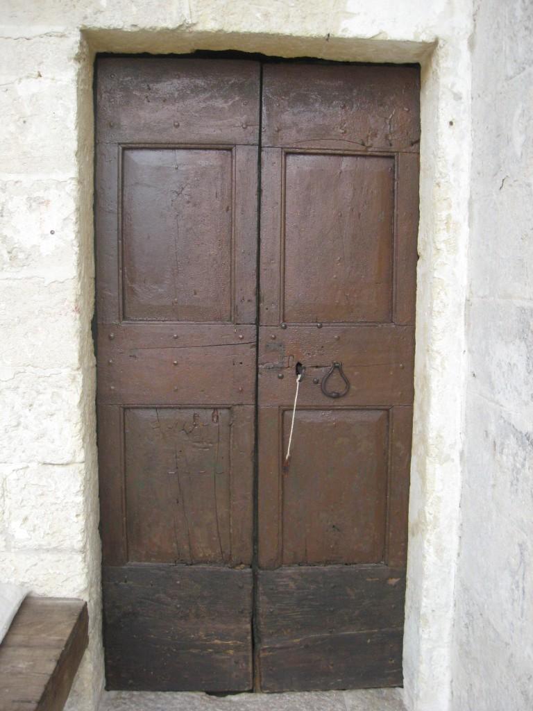 Matera Italy: Le Grotte della Civita - Door