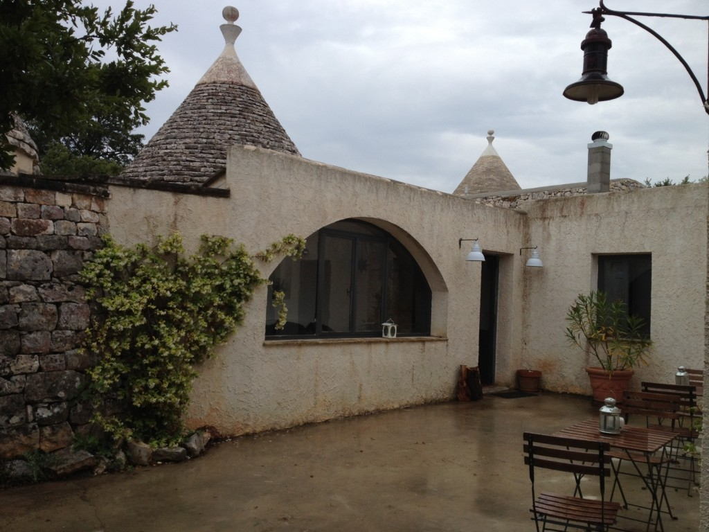 Staying in a Trullo in Puglia - Grounds