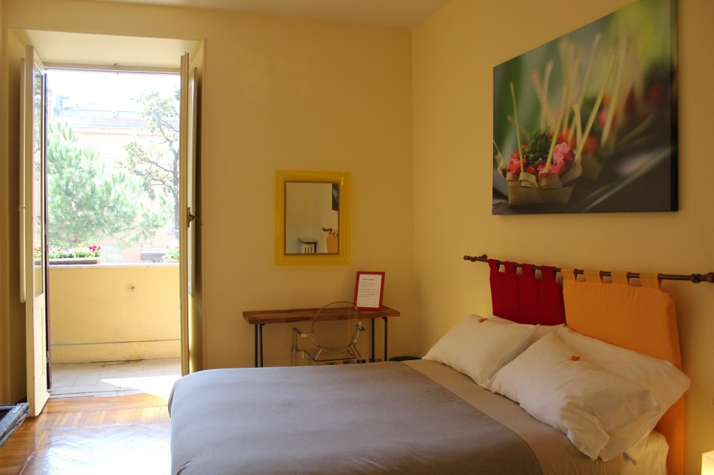 Budget Accommodation in Rome - The BeeHive - The Sweets