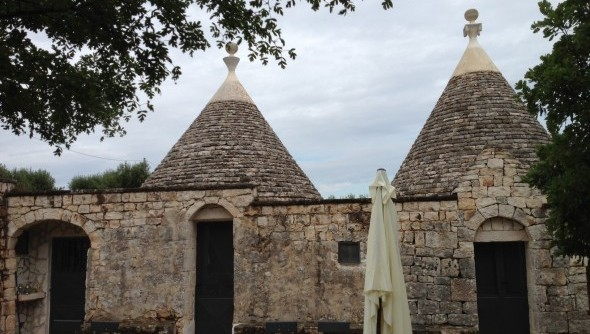 Staying in a trullo in Puglia - Featured