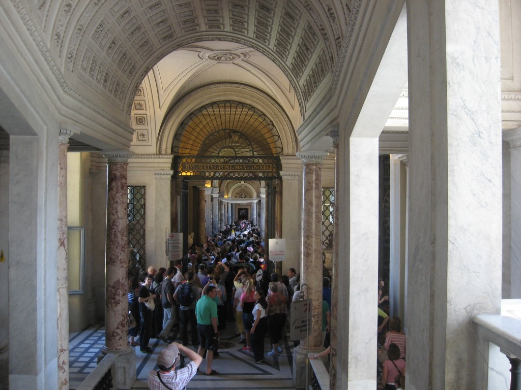 Vatican Sistine Chapel - Beat the crowds