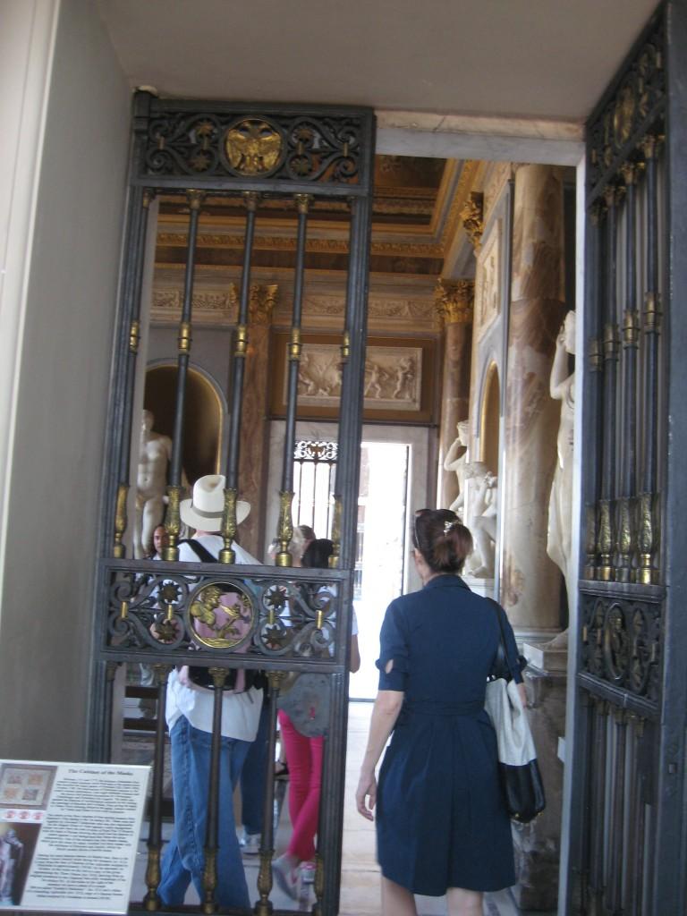 Vatican Sistine Chapel: Access