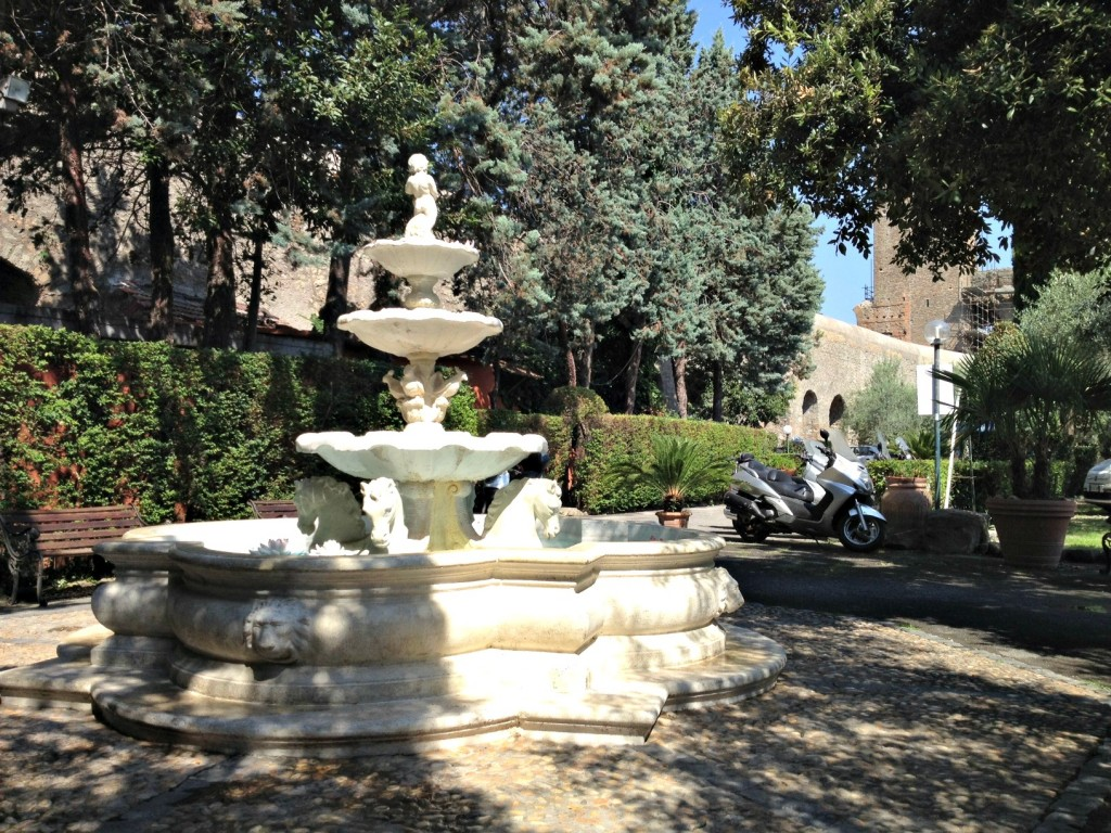 Summer in Rome - Grounds of Club