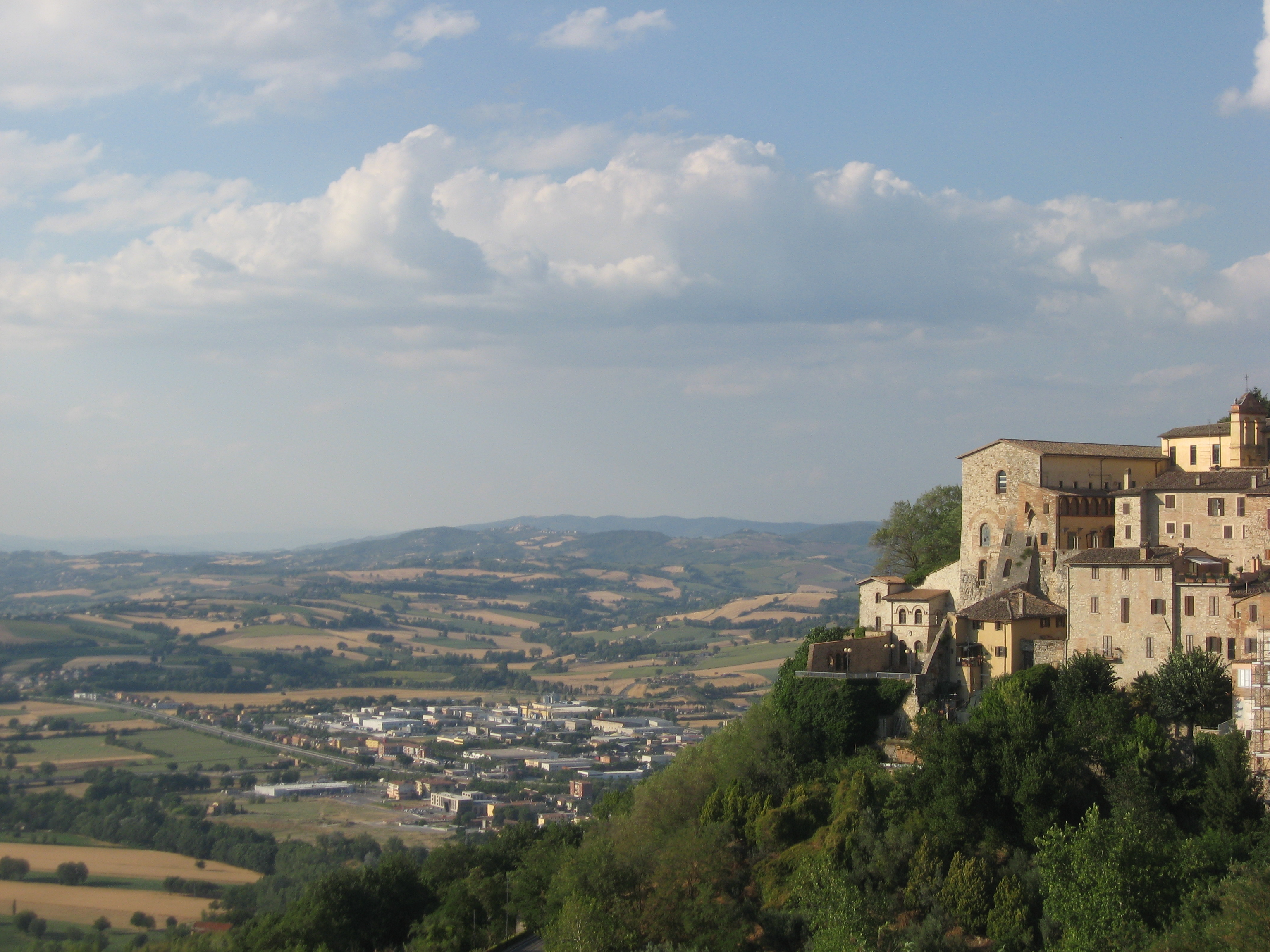 Discovering Todi: Main Sights and Hidden Gems – Part 1