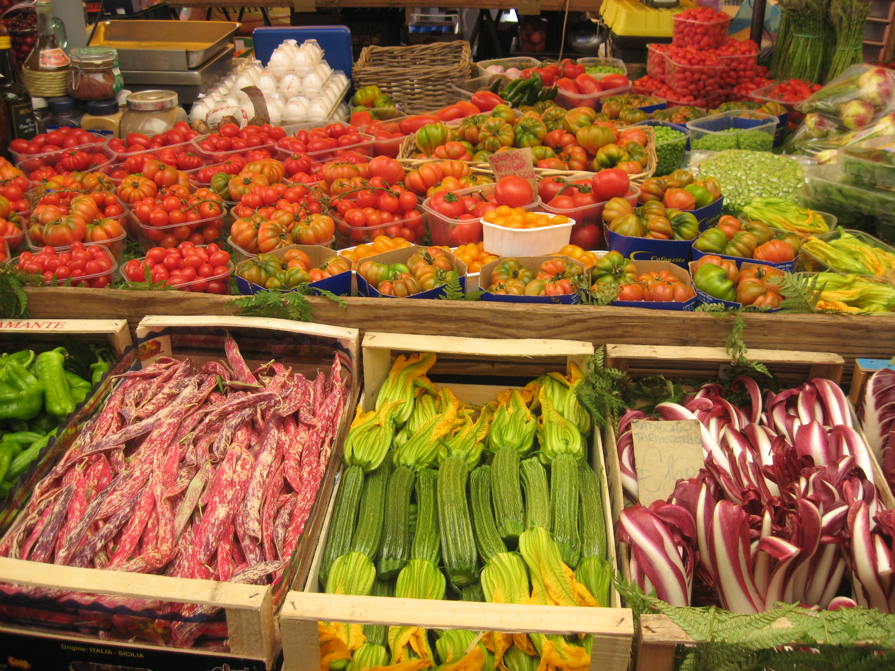 Fresh ingredients in Rome markets