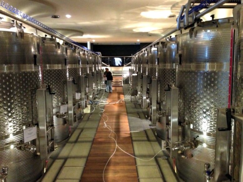 Val delle Rose: Vinification area with stainless steel tanks