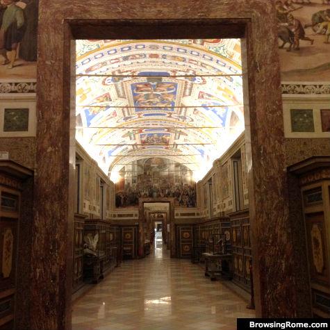 Vatican_Hallways_TRG