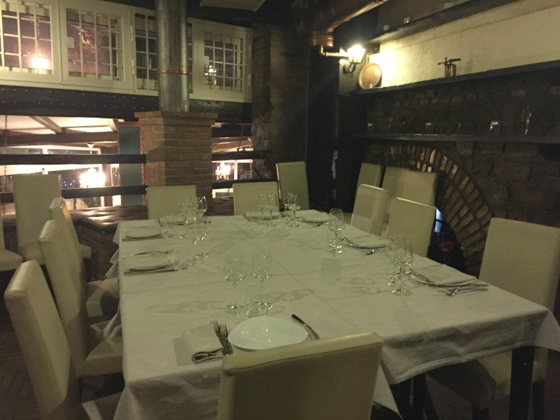 Guided Wine Pairing Dinner in Rome: Private room