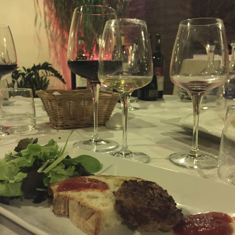 Guided Wine Pairing Dinner in Rome: Chianina beef with Chianti Classico DOCG | BrowsingRome.com