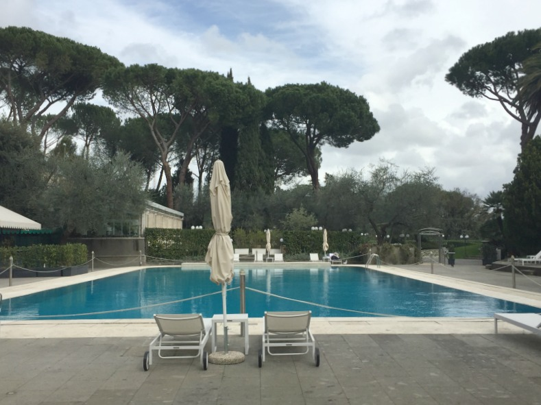 Outdoor pool at Rome Cavalieri | BrowsingRome.com