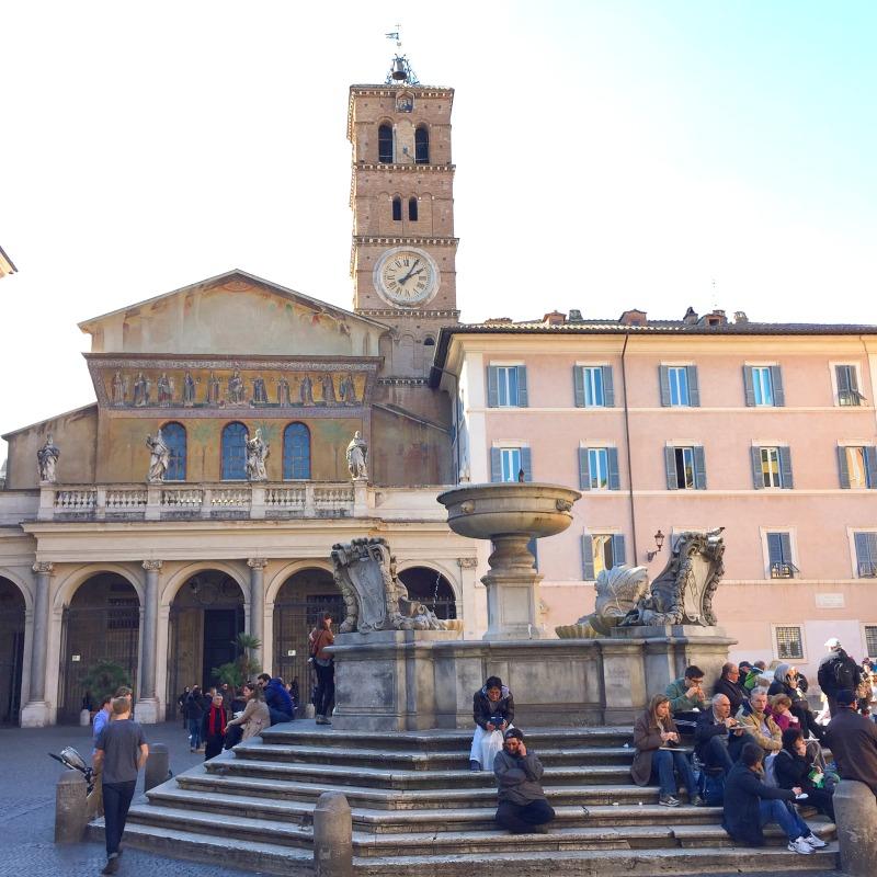Basilica di Santa Maria in Trastevere | BrowsingRome.com