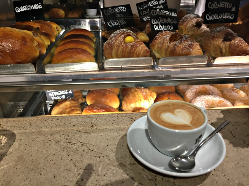 Cappuccino at Roscioli Caffe | Sunday Food Tour in Rome | BrowsingRome.com