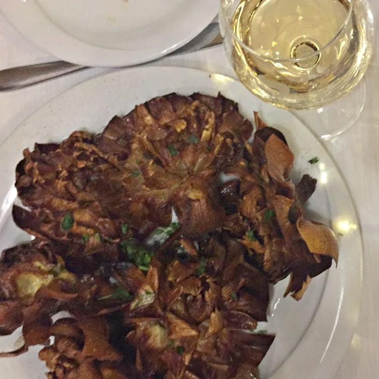 Winter in Rome: Sunday Food Tour with Eating Italy | carciofi alla giudia at Ba' Ghetto | BrowsingRome.com